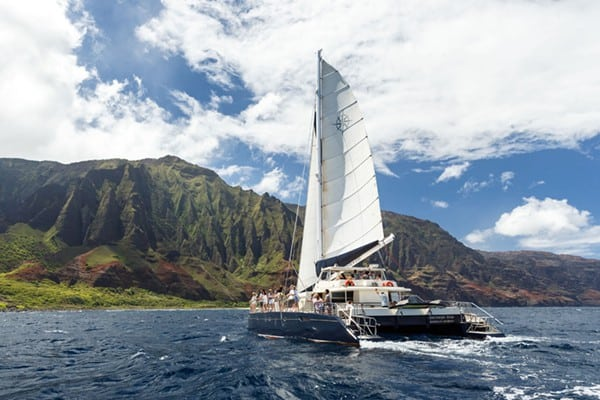 Napali Coast Boat Sailing Tour