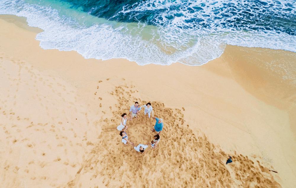 Family photoshoot in Kauai taken by drone